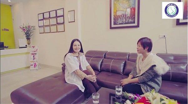 Bác sĩ Thu Hà cắt mí mắt đẹp ở tại Hà Nội