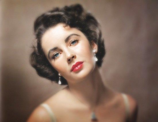 Elizabeth Taylor đôi mắt đẹp ở mọi thời đại