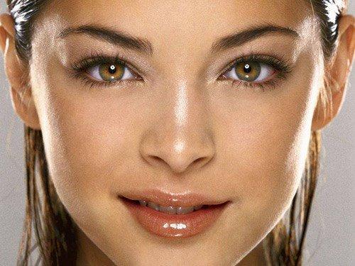 Kristin Kreuk đôi mắt to xanh lá đẹp