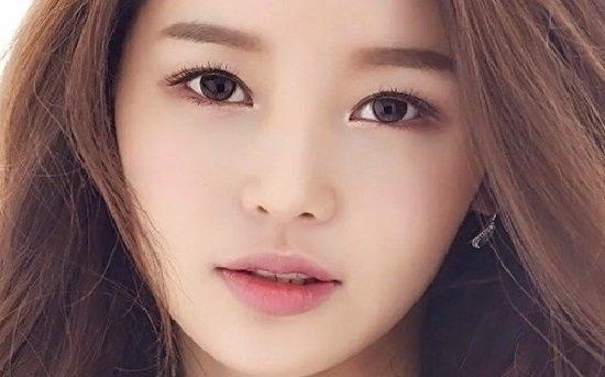 Băn khoăn bác sĩ nào bấm mí mắt Hàn Quốc đẹp nhất
