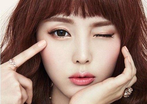 Mắt đẹp là đôi mắt có độ dài đuôi mắt hợp lý